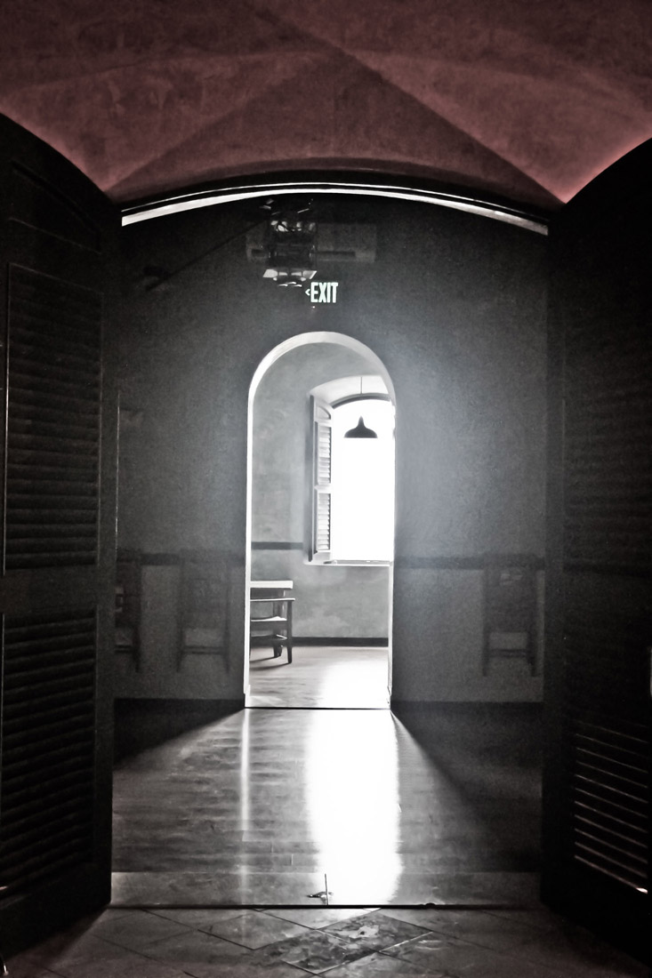 Chain of rooms - Inside the Lighthouse